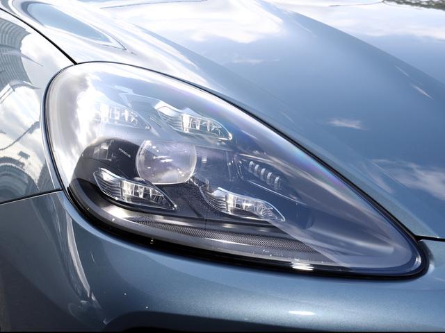 LEDマトリックスヘッドライト(PDLS付き)★新車時オプション参考価格¥355,000.-