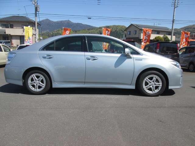 車の整備費用(消耗部品の交換等)は、1台平均3・4万円かかります。当社ではその費用を車両価格に含めております。安いだけの車は販売しません。