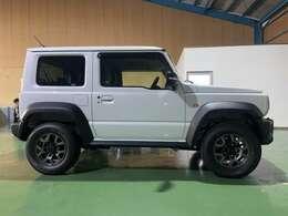 令和3年式スズキ ジムニーシエラ JC 4WD 登録済未使用車 人気のピュアホワイトパール
