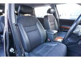 ★【ブラックハーフレザーシート】運転席シートのコンディションをご確認下さい!!★