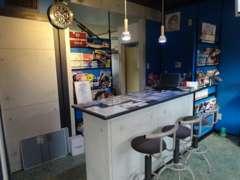 商談スペースです♪海をイメージした店内でゆったり商談しませんか?