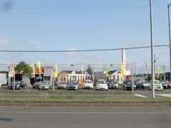国道36号線沿い☆苫小牧東ICより市街に向かい約5分左側です