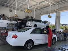 指定工場完備しております。購入後の車の車検・整備もお任せください。
