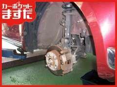 ブレーキの分解整備などを行える認証工場の資格を取得しています。車検、整備、点検は当店にお任せ下さい!