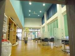 ショールームはリニューアルして開放的な空間へと生まれ変わりました!