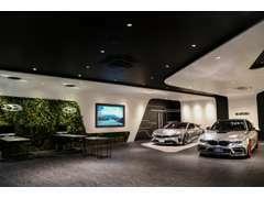 『ガレージエブリン』はオリジナルブランド『エナジーモータスポーツ』の総発売製造元で、常に魅力的なお車を提供しております。