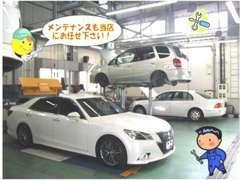 購入後のお車のメンテナンスは当店の優秀なメカニックが担当いたします!大切なお車を常にベストな状態で♪