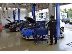 サービス工場完備。他社様でご購入されたお車もお任せください!