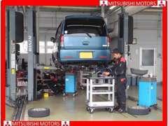 購入後も安心のアフターサービス。他メーカー車もお任せ下さい。ベテラン整備士がしっかり整備し、お渡し致します。