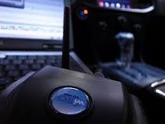 クライスラー車 メーカー純正テスター完備です。最新のクライスラー・ダッジなど、ハイテク車両の整備もお任せ下さい。