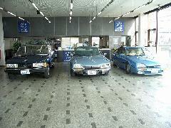 高田ショールーム・・・シトロエン2CV他、90年代までの名車を展示販売。予約制オープンとさせて頂いております。