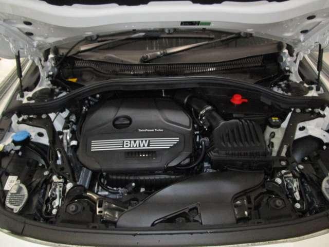 エンジンに定評のあるBMW、そのエンジンはパワフル&エコ&官能性を実現☆お問合せ(無料ダイヤル)0078-6002-613077迄お待ちしております。大阪府吹田市芳野町5-55 月曜日定休 営業時間10:00~19:00