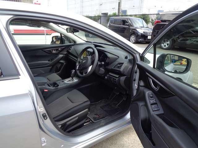 運転席、助手席周りも綺麗な状態を保っています。