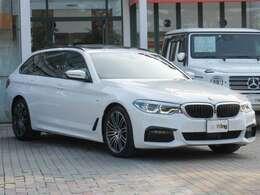 Mエアロダイナミクスパッケージ BMW Individualハイグロスシャドーラインエクステリア(サイドミラー・サイドトリムフィニッシャー・ウインドーフレームモールディング・エアブリーザー)