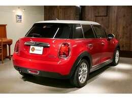 ★当店へ入庫したお車は全て第三者機関へ査定の依頼をかけお車の状態をお客様へ提示させていただいております。ご安心してお買い求め下さい。