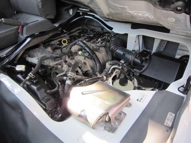 ガソリン車!タイミングチェーン式エンジンなのでタイミングベルトの交換は不要です!