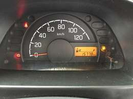走行距離1.6万キロ台です。まだまだ長くお使いいただけるお車です。