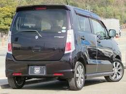 Route201自慢のお買得目玉車が入荷しました!万が一の事故対応、アフターサービスも充実しております。もちろん価格にも自信あり!!