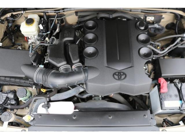 パワフルな走りが可能な、V6・4000cc1GRエンジン!