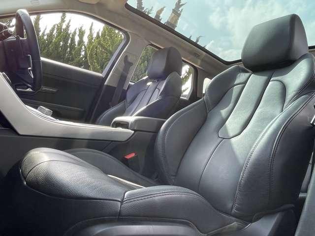 シート状態もご覧のとおり!フルパワーシートにシートヒーターと快適装備も充実!
