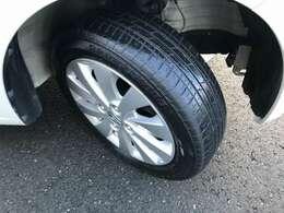 タイヤはそろそろ交換時期です!!