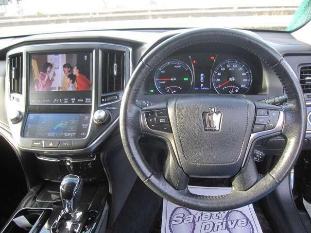当店のラインナップは、軽自動車~コンパクト、そして1BOXやミニバン、セダンまで幅広いものです。