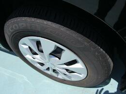 タイヤの溝まだまだあります