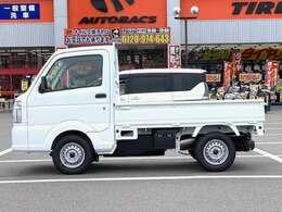 KCエアコン・パワステ 届出済未使用車 2WD 5速MT ABS デュアルエアバック付 アクセサリーソケット FMAMラジオデッキ 3方開