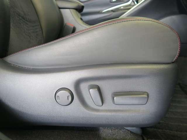 前席パワーシートです★ シート位置が電動で動きます!正しい運転位置で安全運転を(^^♪
