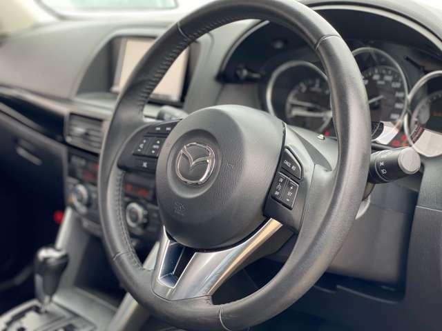内装の状態もよくとてもきれいなお車になりますので、ぜひ一度ご来店ください!!