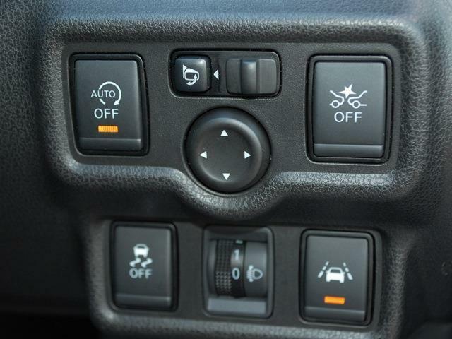 人気車ノートまたまた入荷しました・メモリーナビ・アラウンドビューモニター・エマージェンシーブレーキ・インテリジェントルームミラー・スーパーチャージャー・詳細はHPをご覧下さい!