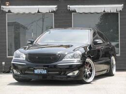 トヨタ クラウンマジェスタ 4.3 Cタイプ 黒革 サスコン 20インチAW
