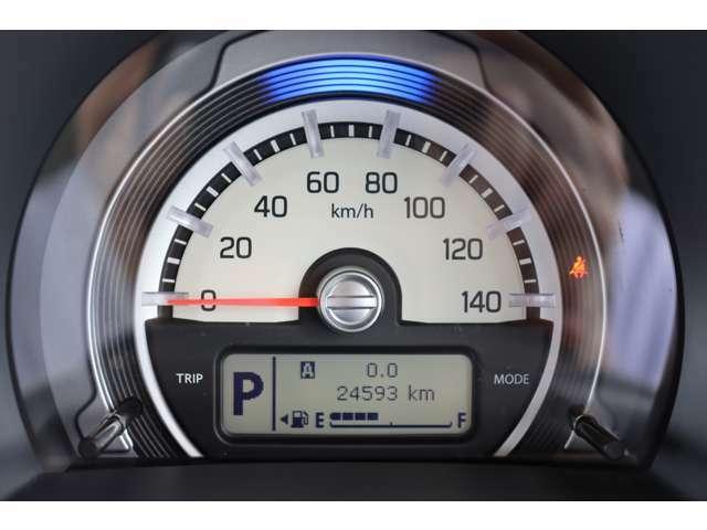 【内装】現メーター24,593kmで、まだまだこれからのお車です!