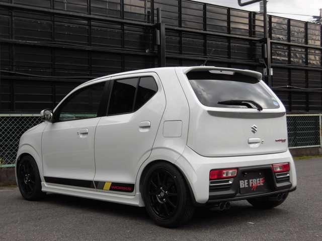 TEINフルタップ車高調・専用フロアマット装着の新車コンプリートカーです。(オリジナル4本出しマフラーは追加オプションです