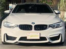BMW直列6気筒3000CCツインターボエンジンです!力強い走りをお楽しみ下さいませ!