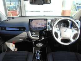 フロントシートヒーター付きですので、寒い日でも快適なドライブを楽しめますよ。