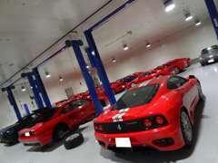 大切なお車はセキュリティー&保険完備の工場でお預かりします。