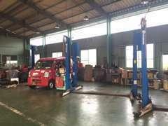 民間車検工場です。診断機やATF交換機など揃えています。アフターサービスもお任せください!