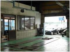 民間車検工場完備!2年に1回のイベントも当社に任せてください。