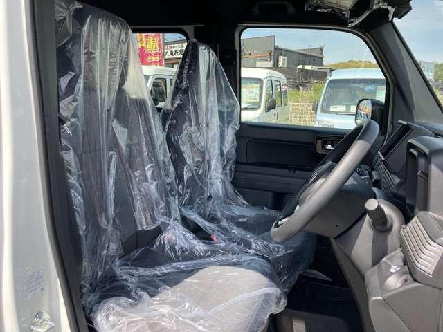 当店では普通車から軽自動車まで幅広くオールメーカーの車種を豊富に揃えております。
