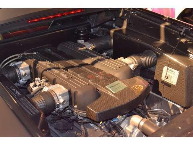 エンジンルームにも、カーボン素材がふんだんに使われてります! クラッチ残量は、75%になります!