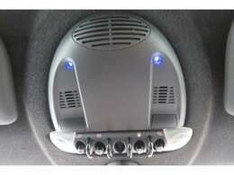 ■ライトパッケージ■車内のインテリアライトを明るいLEDに交換するキットです。写真の照明は青色ですが、赤や紫、ピンクなどスイッチで切り替え可能です。