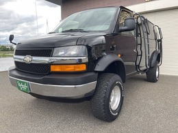 シボレー エクスプレス 5.3 4WD 三井物産 4WD 11000キロ