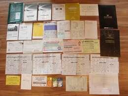 取り扱い説明書(車両・ナビ・用品他)メンテナンスノート保証書など書類多数有ります♪過去のトヨタ等点検整備記録簿8有ります!!もちろん今回のトヨタ整備記録簿も発行致します!本カタログ&ACカタログ付き♪