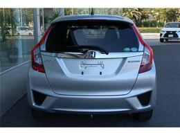 お買得車フィットハイブリッド入荷しました・JC08モード33.6km/Lの低燃費です・詳細はHP(http://auto-panther.com)をご覧下さい!