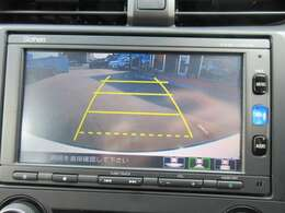 純正ギャザーズメモリーナビ付き♪ ガイド線付バックカメラで駐車も安心ですね♪ 広角のカメラが採用されており、駐車の不慣れな方でも安心ですね♪