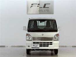 軽トラックMT車の出力を誇る高性能エンジンが、力強い走りを実現します。