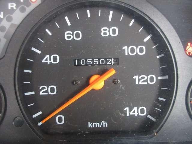 走行距離が10万キロちょっとですが、調子は良いので、まだまだお乗りいただけますよ!