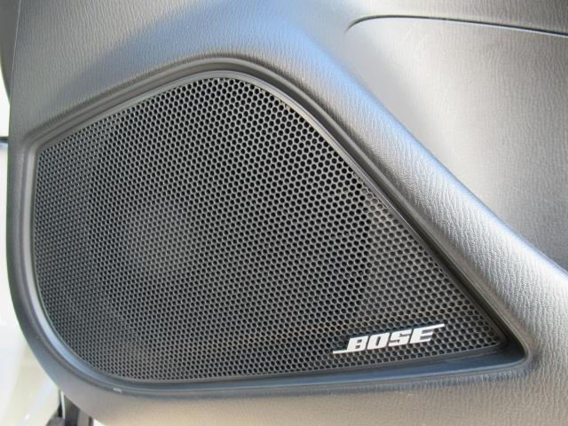 車内でも良い音で♪BOSEスピーカー付いてます。BOSE社との共同開発でCX-3にピッタリの音響チューニングを施してます☆
