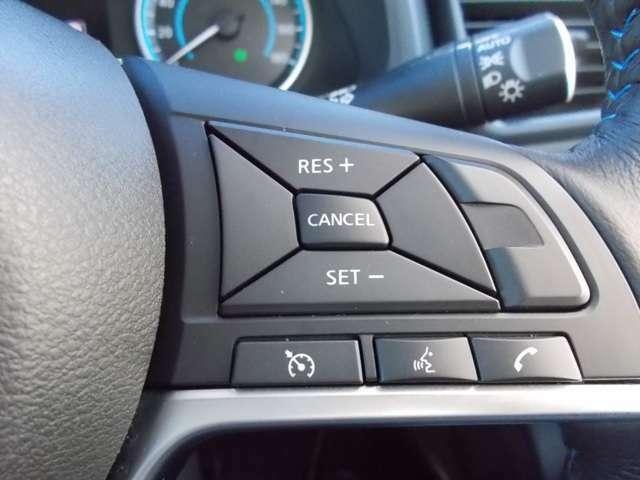 【オートクルーズコントロール】設定した速度を一定に保つので高速道路で大活躍!楽しいロングドライブをお送りください♪※速度を保つものなので周りの交通量や状況に併せて上手に活用して下さい。
